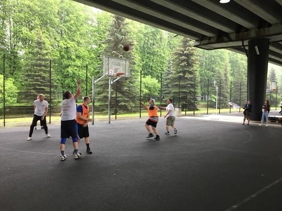 Дворовые тренеры приглашают калининградцев на спортивные занятия