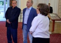 Путин встретился с Берлускони в аэропорту Рима