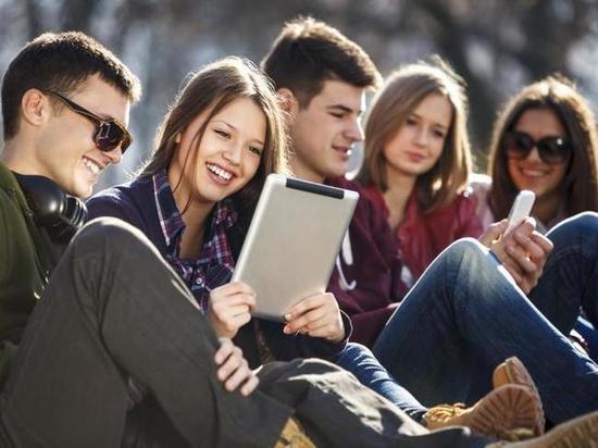 Молодежь России назвала желаемый размер зарплат