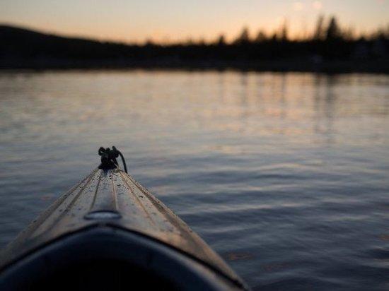 На Ямале двое суток ищут тело утонувшего подростка
