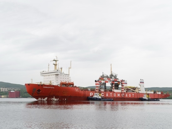 Атомный контейнеровоз «Севморпуть» вернулся в Мурманск для загрузки