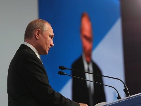 Глава ВЦИОМ: Путин уже ищет преемника
