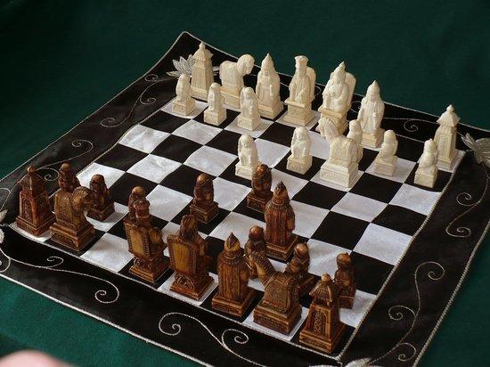 Финалистом конкурса стали калмыцкие шахматы Виктора Дорджиева