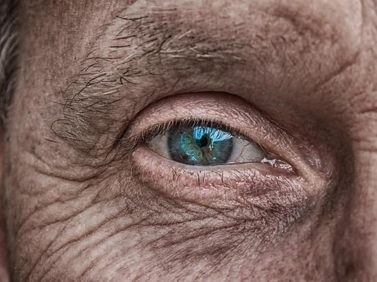 Жителю Кировской области впервые поставили имплант радужки глаза