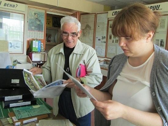 Житель Петрозаводска приехал в Фирово, чтобы найти информацию о предках
