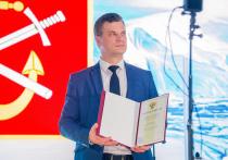 Мурманских портовиков поздравили с профессиональным праздником