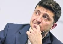 """Украинцы обсуждают кривляния Зеленского на совещании: """"Странное поведение"""""""