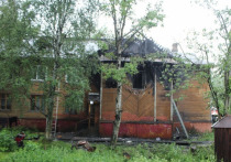 Утром в Архангельске вспыхнула очередная деревяшка