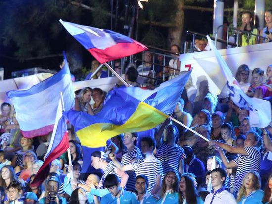Между Россией и Украиной пройдет прямой телемост