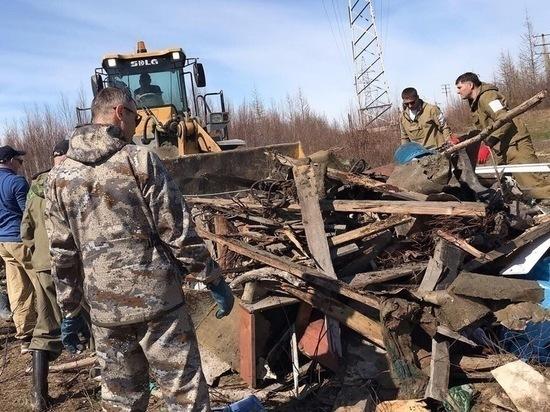 Волонтеров готовят к «мусорной» экспедиции на остров Вилькицкого