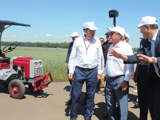 Чебоксарский музей трактора впечатлил Татарстан