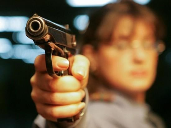 За стрельбу в баре петербуржца отправили на обязательные работы