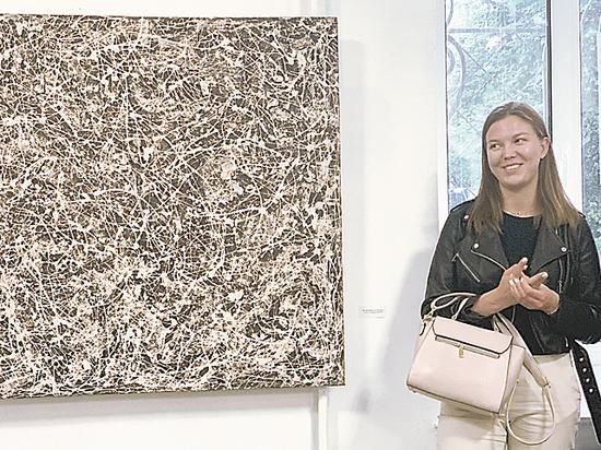Открылась первая посмертная выставка Аэлиты Лентовской