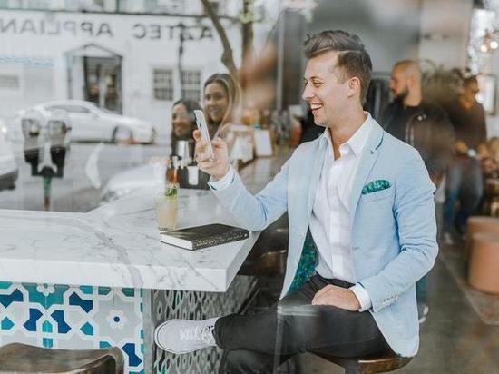 В Калмыкии любовь начинается с Tinder. Всего за 499 рублей