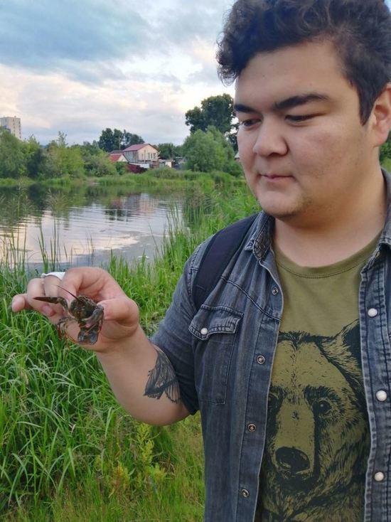Челябинские экоактивисты обнаружили в реке Миасс раков