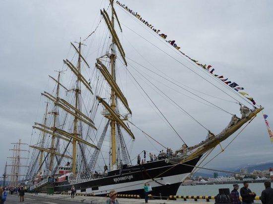 В Калининграде барк «Крузенштерн» на один день откроют для посетителей