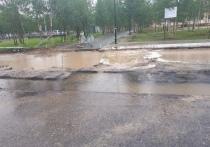 Жители Муравленко пожаловались на огромные лужи