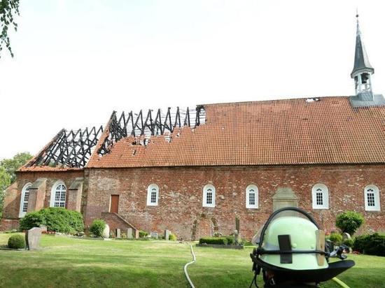 Германия: «детский след» в поджоге церкви с уникальным органом работы Арпа Шнитгера