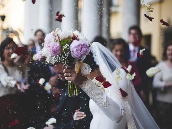 Жителям Ставрополья объявили лучшие даты для свадьбы