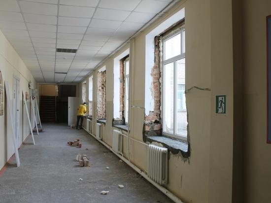 В Калмыцкой национальной гимназии идет масштабный ремонт