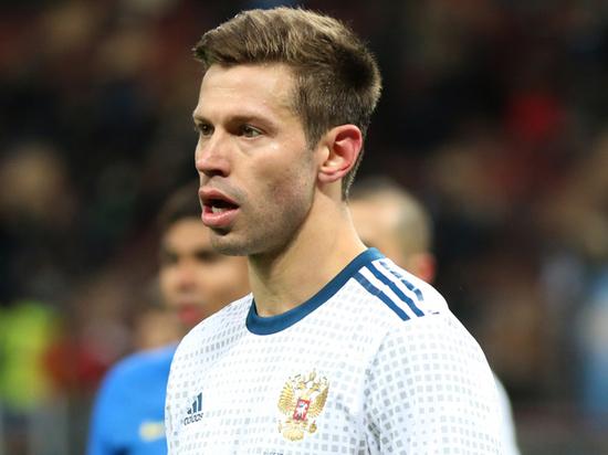 Футболист Смолов требует в суде 6 миллионов рублей на ремонт BMW