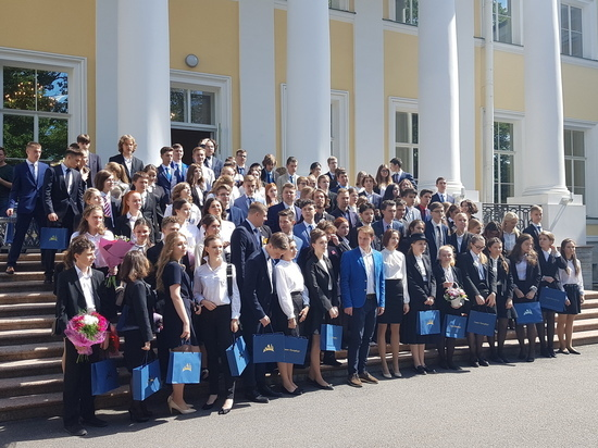 Петербургские выпускники устанавливают новые рекорды на ЕГЭ