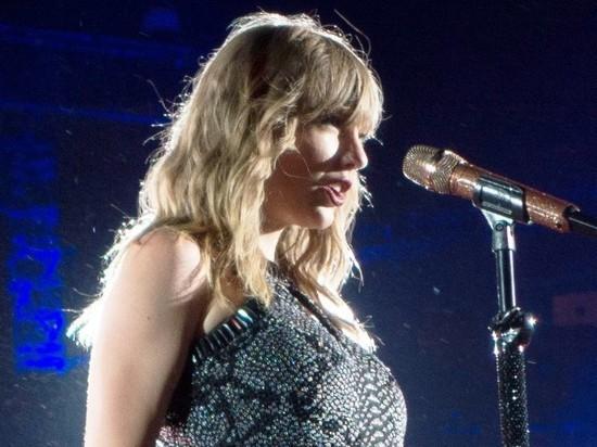 Тейлор Свифт возглавила топ Forbes самых высокооплачиваемых звезд