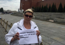 Мать зверски убитого командира СОБРа Чудакова считает: преступники не найдены