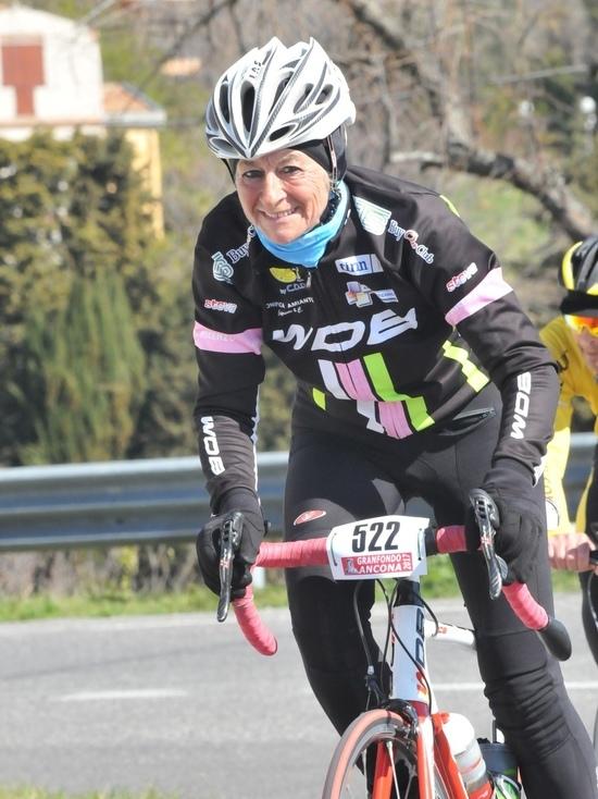 «Сделайте Красноярск доступным для велосипедистов!»: 69-летняя итальянка едет на велосипеде из Москвы до Владивостока