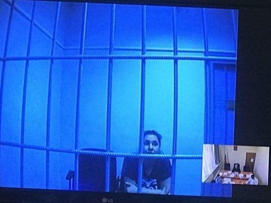 Суд не отпустил из-под стражи Луизу Хайруллину
