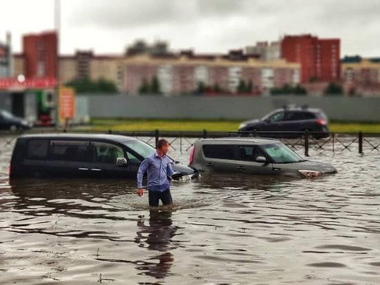 ГИБДД будет перекрывать дороги Петербурга во время сильных ливней