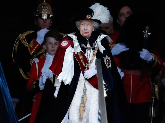 В Великобритании анонсировали изменения королевских полномочий Елизаветы II