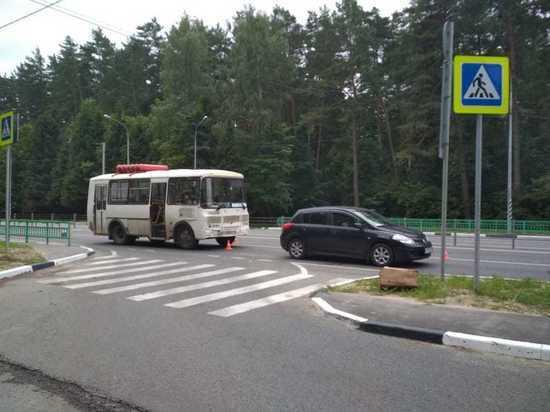 Две женщины пострадали в ДТП с автобусом в Калуге