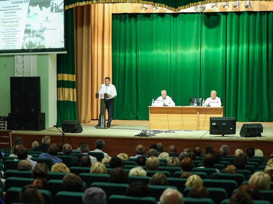 Андрей Бочаров в Жирновске встретился с местными жителями
