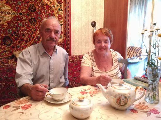 Пенсионеров, отказавшихся от шикарной квартиры из-за любви, удалось воссоединить
