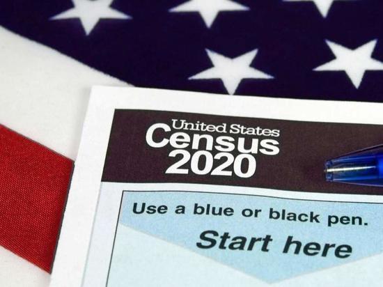 Census: Трамп хочет вернуть пункт о граюданстве в анкеты, невзерая на решение суда