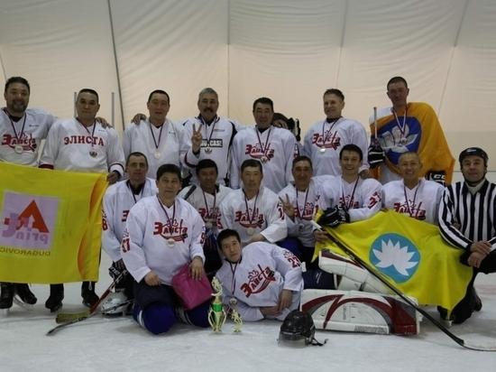 Калмыцкие хоккеисты едут в Буденновск