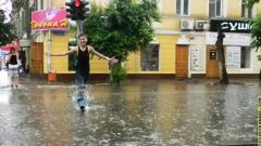 В Калмыкии сильный дождь затопил больницу