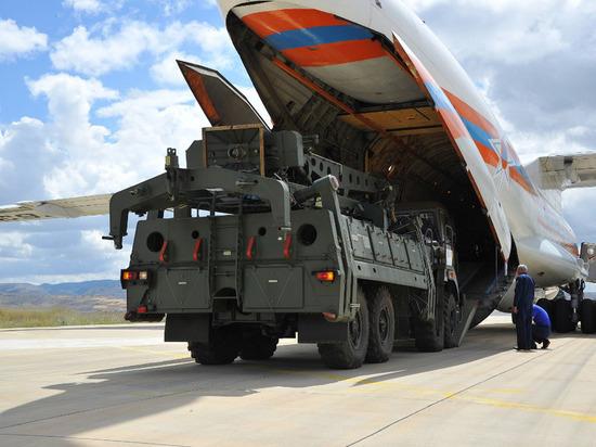 ВТурцию прибыл пятый самолет с деталями С-400