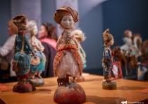 Бурятские куклы семьи Намдаковых приехали во Владивосток