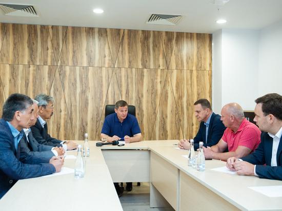Бочаров распорядился оперативно устранить последствия ливня в Волгограде
