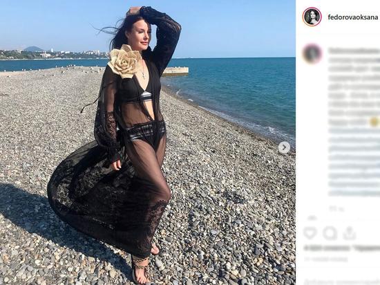 41-летняя Оксана Федорова показала фигуру в купальнике