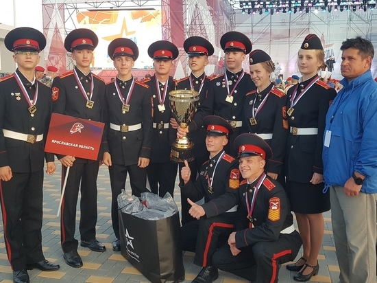 Главный приз игры «Победа» достался кадетам из Свято-  Алексиевской пустыни