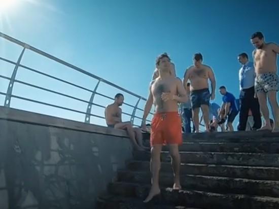 Вода в Одессе нынче холодная
