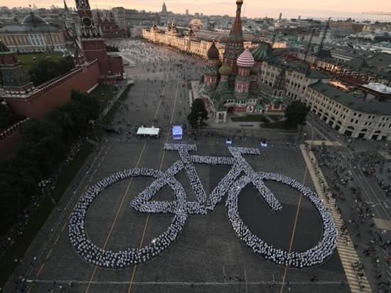 День московского транспорта завершился велопарадом