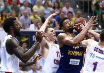 До начала баскетбольного сезона несколько месяцев, но в Единой лиге сани, как наставляет русская поговорка, готовят летом