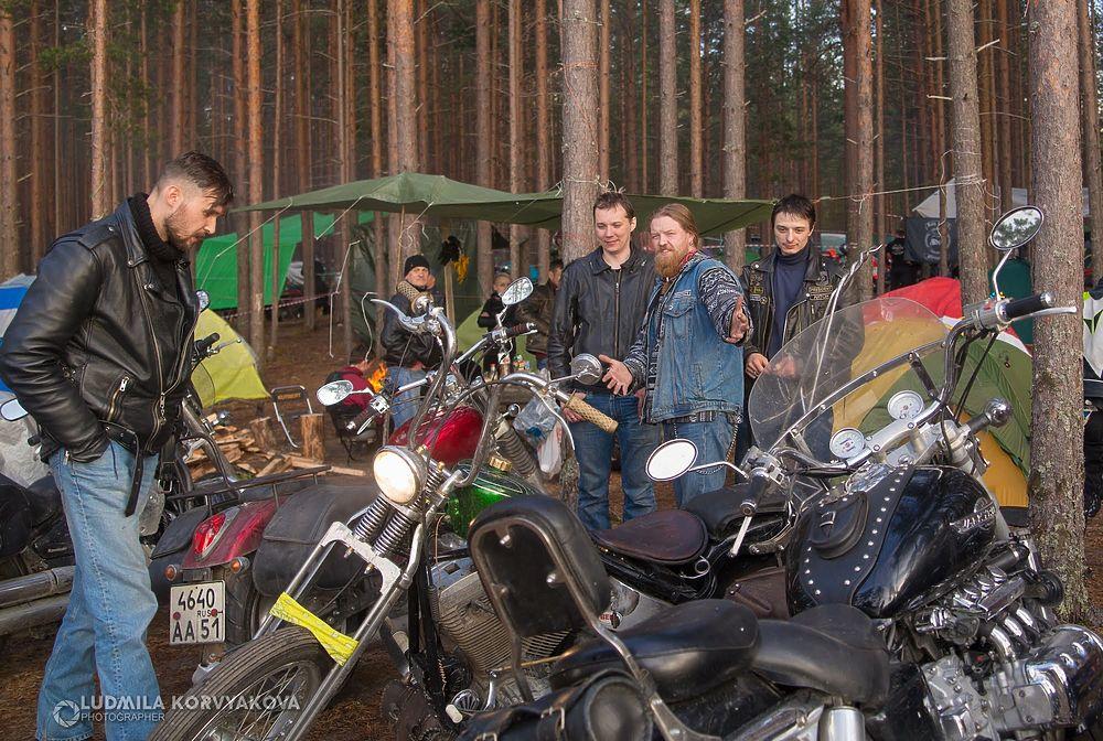 Байки из Гирваса: мотоциклисты дали жару на большом байк-фестивале в Карелии