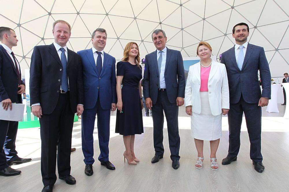 Открытие нового производственного комплекса «Эвалара» посетили первые лица Алтайского края и Сибири