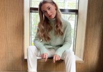 Кристина Асмус рассказала о голодовках в обтягивающей одежде