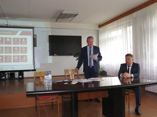 Развитие социально-экономического потенциала региона обсудил с шекснинцами заместитель Губернатора Эдуард Зайнак